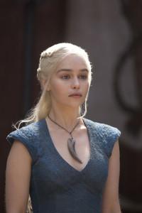 Daenerys-Targaryen-daenerys-targaryen-34863365-2362-3543-200x300